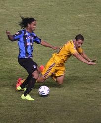 Ronaldinho tornato in Messico in ritardo