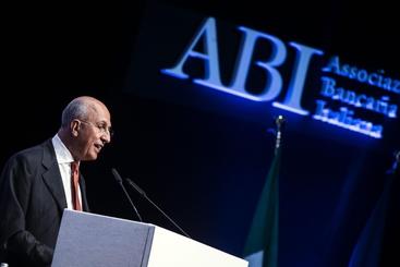 Abi:verso ritorno utile banche in 2014