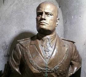 Busto di Mussolini ritrovato a Potenza