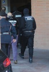 Blitz Ros contro neofascisti, 14 arresti