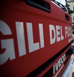 A fuoco 3 auto a Livorno, probabile dolo