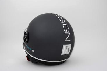 Nasce primo casco grafene Iit-Momodesign