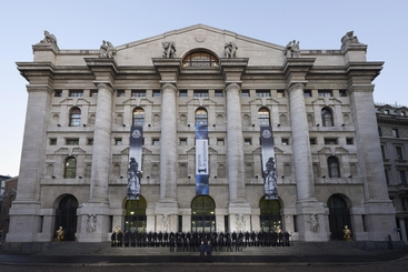 Borsa: Milano apre in calo (-0,12%)