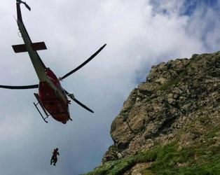 Freeclimber cade sul Pennino, grave