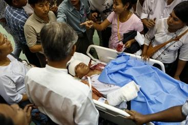 Birmania: ferito candidato Suu Kyi