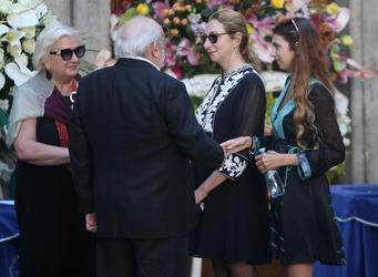 Milano dà ultimo saluto a Marta Marzotto