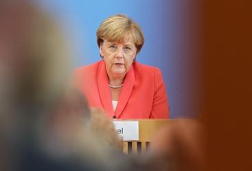 Immigrazione: Merkel, serve flessibilità