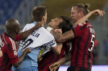 Lazio-Milan 3-1, doppio Parolo e Klose