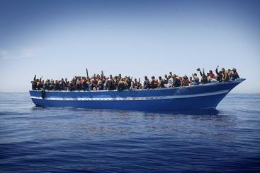 Naufragio vicino Libia:20 morti,dispersi