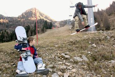 Manca neve in montagna, Piemonte chiede stato emergenza