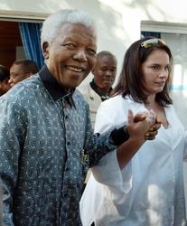 Segretaria Mandela pubblica memorie