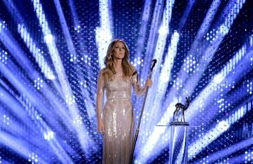Celine Dion annulla tournée in Asia