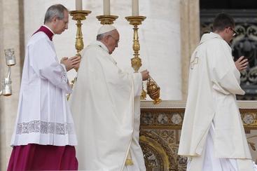 Messa piazza S.Pietro per 4 nuovi santi