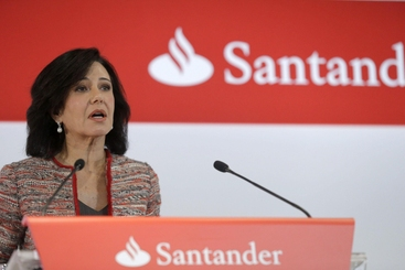 Santander: sale utile ma pesano cause Gb