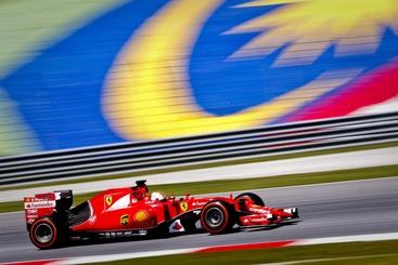 F1, Ferrari torna a vincere con Vettel