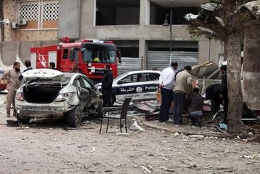 Libia: Isis rivendica bomba ambasciata