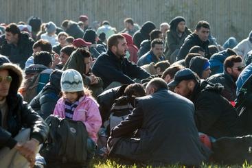 Migranti: Minniti, Fvg è in passaggio cruciale