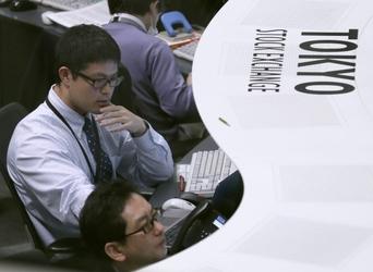 Borsa: Asia giù con fiducia manager Cina