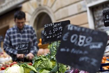 Prezzi: a Trieste invariati su settembre, +0,6% in un anno