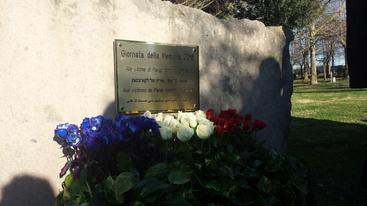 Consiglio Lazio, stele a vittime Parigi