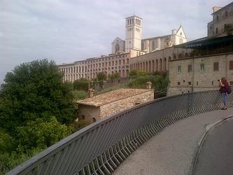 Frati Assisi, fraternità contro terrore