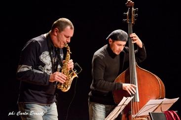 Douglas, Caine, Potter a Valdarno Jazz
