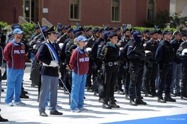 Cerimonie per 164/mo fondazione Polizia