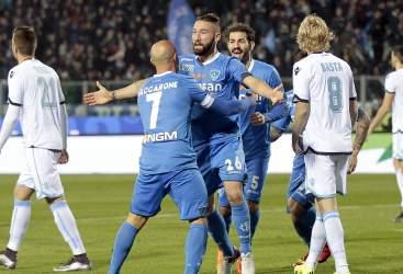 L'Empoli esulta, furia Lazio contro l'arbitro