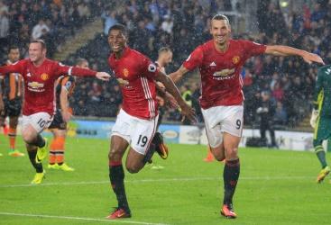 Rashford salva Ibra e Mourinho
