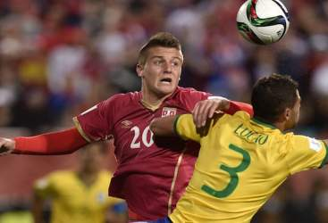 Fiorentina, in arrivo un centrocampista serbo