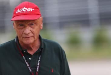 """Lauda: """"Verstappen è da psichiatria"""""""
