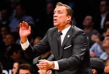 Minnesota piange coach Saunders