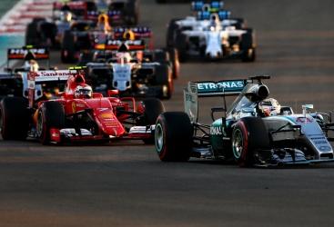 Rivoluzione in Formula 1: al vaglio la doppia gara