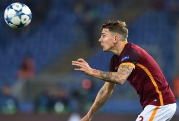 Roma, incidente e spavento per Lucas Digne: illeso