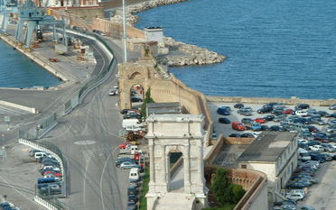 Ancona arch of Traiano and Clementino