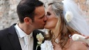 Gesto shock di una sposa, per la ricerca contro il cancro