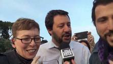 Matteo Salvini e Irene Pivetti cantano Mila e Shiro al Karaoke Rock Bike