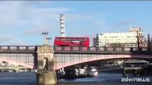 Esplode un bus a Londra, nessuna paura, è la scena di un film