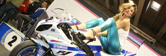 Custom, café racer e belle ragazze: il meglio del Motor Bike Expo