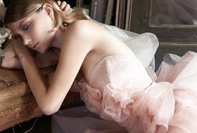 Abiti da sposa: Elisabetta Polignano, stilista del colore