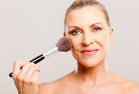 Tutorial: il make up ideale per donne mature
