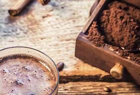 Ricicliamo i fondi di caffè per curare il corpo, la casa e il pianeta