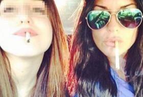 Antonella Mosetti bacchettata per il selfie con figlia e sigaretta