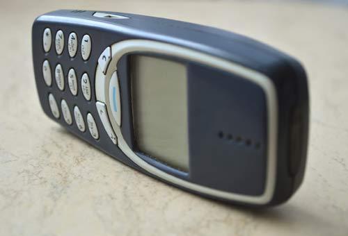 TELEFONINO (NON SMARTPHONE)