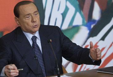 Forza Italia lascia la maggioranza. Decadenza, oggi il voto. Video