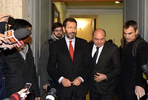 Mafia Capitale, Ignazio Marino in prefettura. Foto