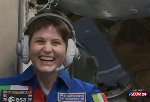 Samantha Cristoforetti nello spazio. Le foto