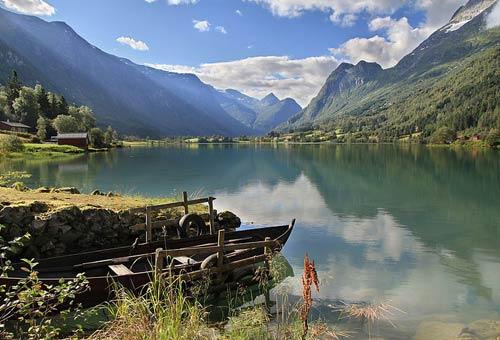 http://img.plug.it/sg/viaggi2008/upload/002/0000/002-norvegia-wiki.jpg