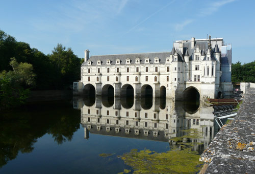 http://img.plug.it/sg/viaggi2008/upload/che/chenonceau.jpg