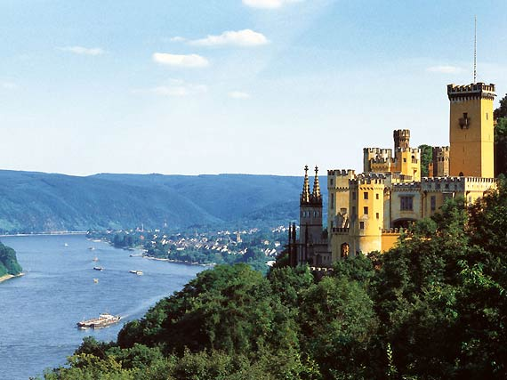 http://img.plug.it/sg/viaggi2008/upload/cob/coblenza-castello-stolzenfels.jpg